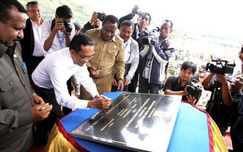 Peresmian dimulainya pembangunan PLTA Baliem di Wamena, Papua, Rabu, 1 Agustus 2012.