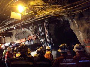 Tim Penyelamat Freeport terus berupaya menguak reruntuhan untuk mengevakuasi 11 korban yang belum ditemukan.