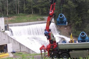 Listrik tenaga air (mikrohidro) salah satu potensi energi baru terbarukan yang bisa dikembangkan pengusaha kecil maupun koperasi di daerah.