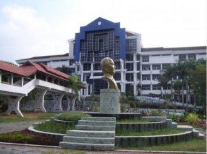 Kampus Universitas Sam Ratulangi.