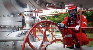 Pemeliharaan fasilitas produksi di PT Pertamina EP Field Subang, Karawang.