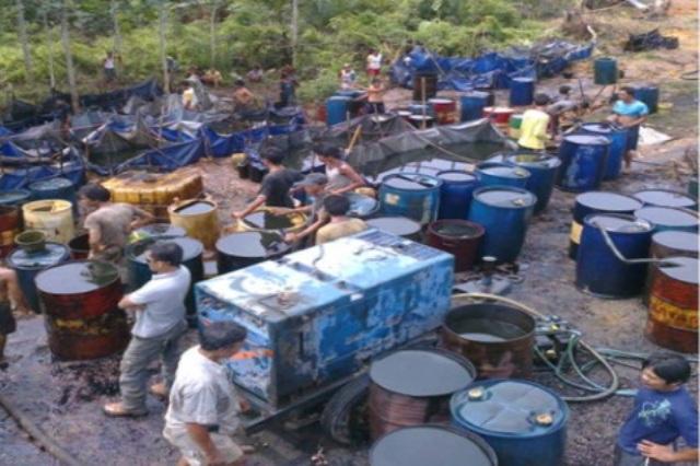 Penjarahan Berlanjut, Lifting Minyak Turun, Pasokan BBM dan LPG Sumatera Selatan Terancam