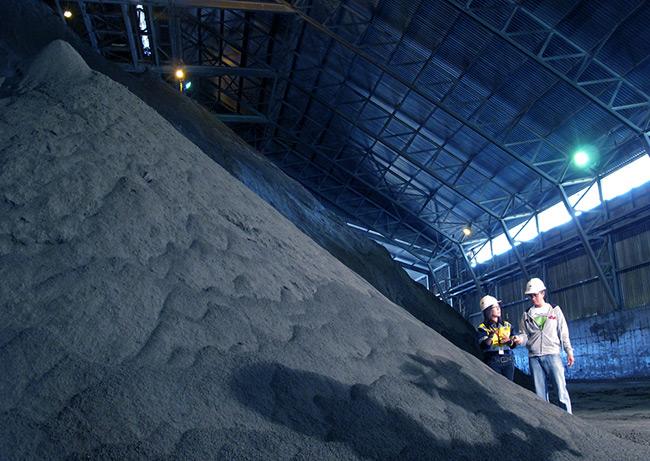 3 Smelter Baru Akan Olah Konsentrat Tembaga Newmont di Dalam Negeri