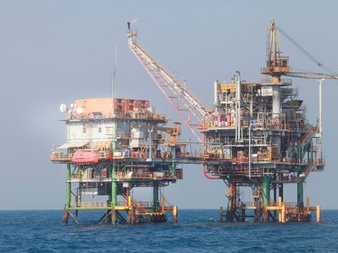 Pembahasan Debat Sektor Energi Dua Capres Tidak Konkret