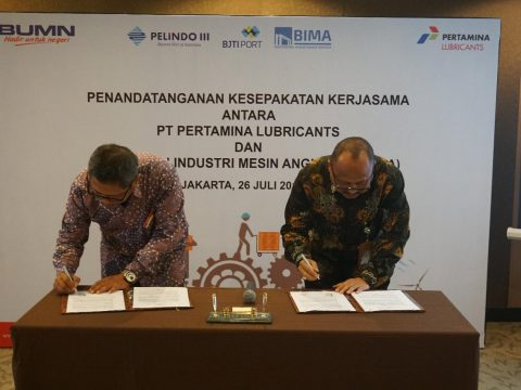 Pertamina Lubricants Pasok Pelumas  ke Industri Marine Nasional