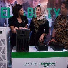 Schneider Incar Pasar UMKM untuk Lini Produk Easy UPS