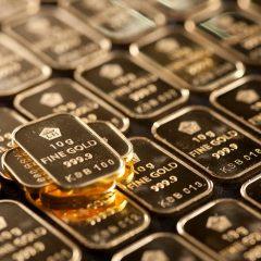 Harga Emas Naik Dipicu Penurunan Dolar dan Ekuitas AS