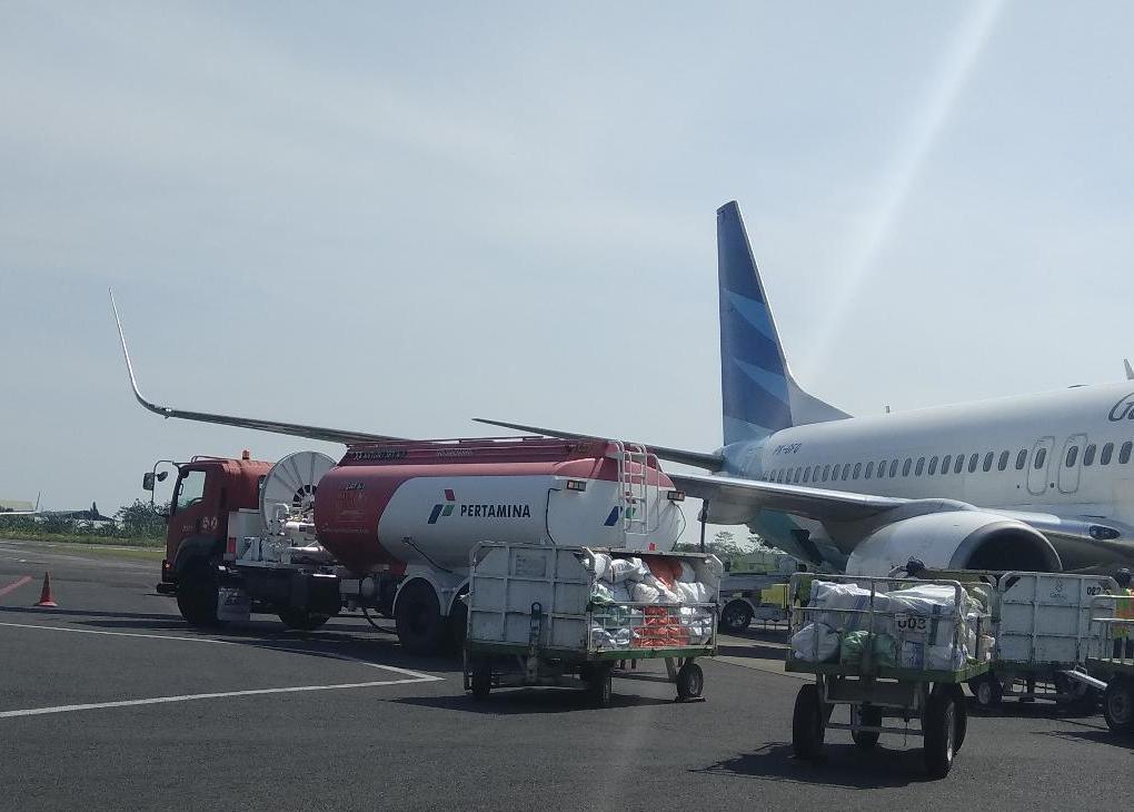 Luhut Wants AKR to Start Jet Fuel Sales by April 1