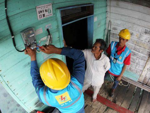 Jonan Targetkan Rasio Elektrifikasi Tembus 100% Akhir 2019
