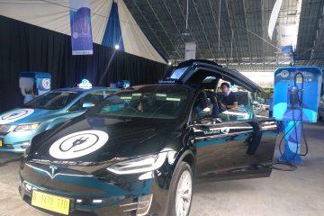 Presiden Jokowi : Indonesia Harus Bisa Produksi Mobil Listrik