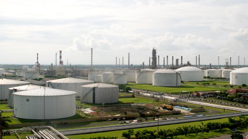 Kerja Sama Pertamina – Saudi Aramco Pintu Masuk Investasi Arab Saudi