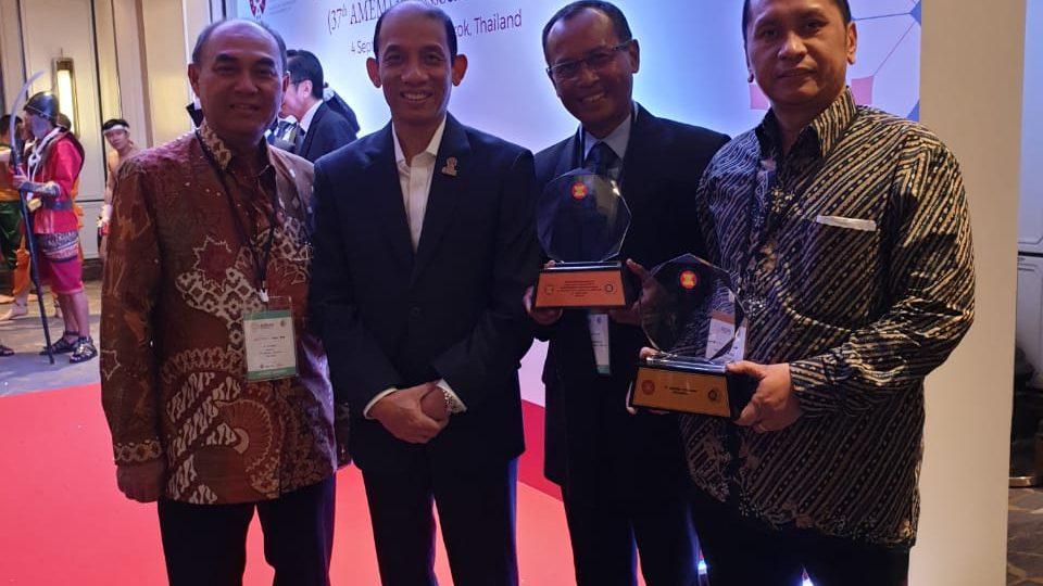 CSR Berau Coal Dampingi Komunitas Adat Punan Basap Raih ASEAN Energy Awards
