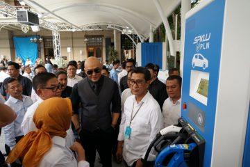 PLN Jakarta Operasikan Stasiun Pengisian Kendaraan Listrik Teknologi Isi Cepat