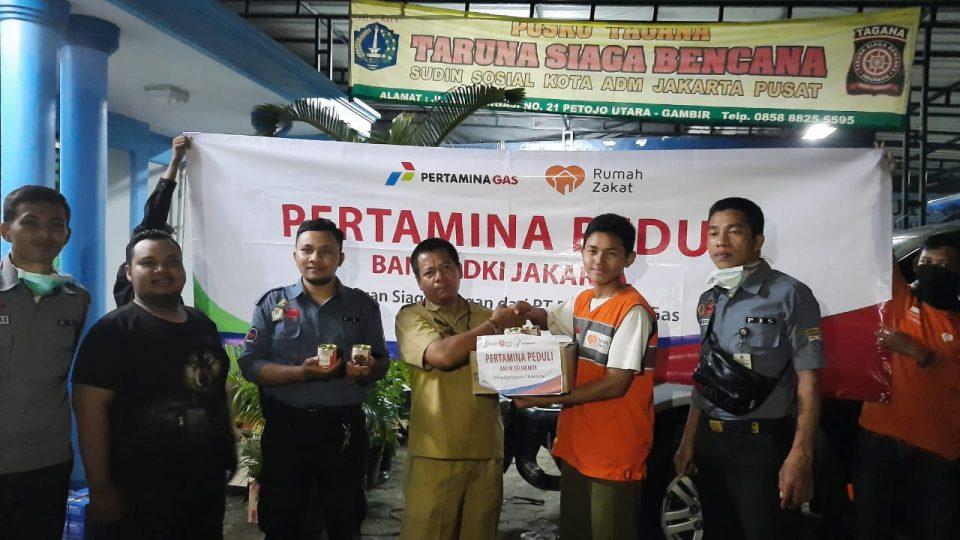 Pertagas Tanggap Salurkan Bantuan untuk Korban Banjir Jakarta