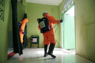 Pertamina Lakukan Penyemprotan Desinfektan Sembilan Titik Fasilitas Umum di Balikpapan