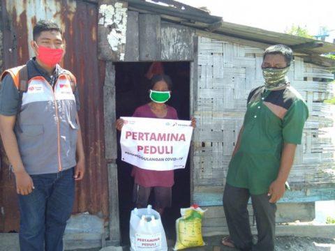 Pertagas Bagi 500 Paket Sembako di Tengah Pandemi Covid-19